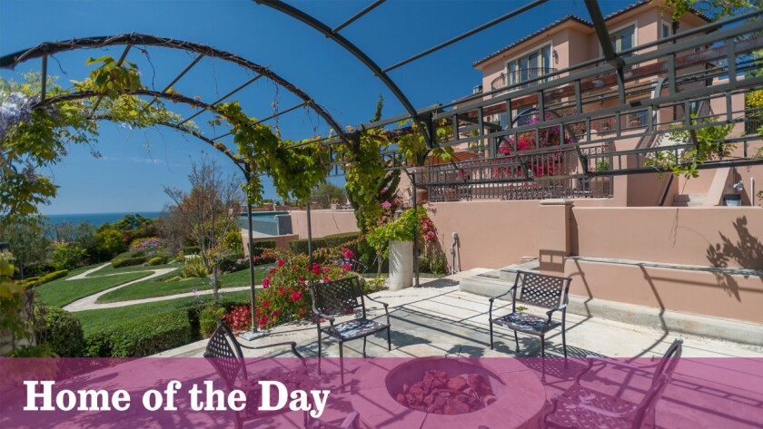 Home of the Day: Sweeping staircases in Malibu
