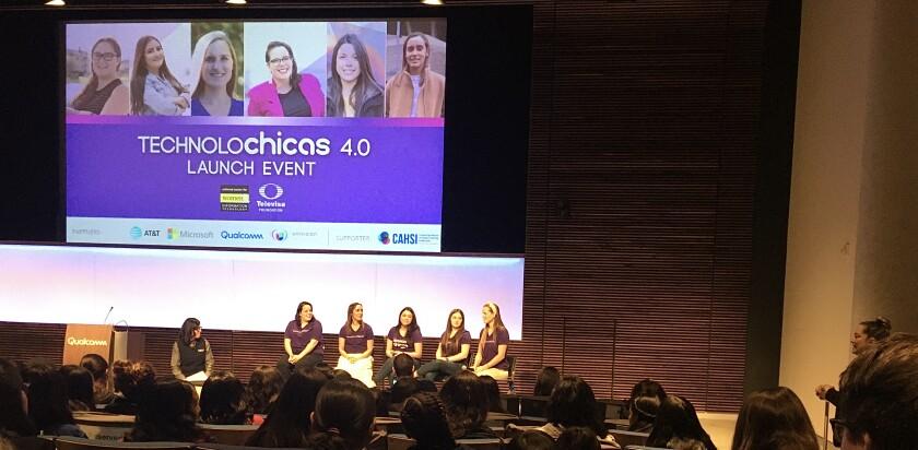 Technolochicas 4.0 event at Qualcomm