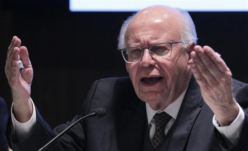 El exsecretario de Salud Jose Narro Robles habla una rueda de prensa el 18 de enero de 2018, en Ciudad de México (México). EFE/Archivo