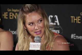 'Younger': Hilary Duff as Kelsey is 'slightly scared to be single on the show'