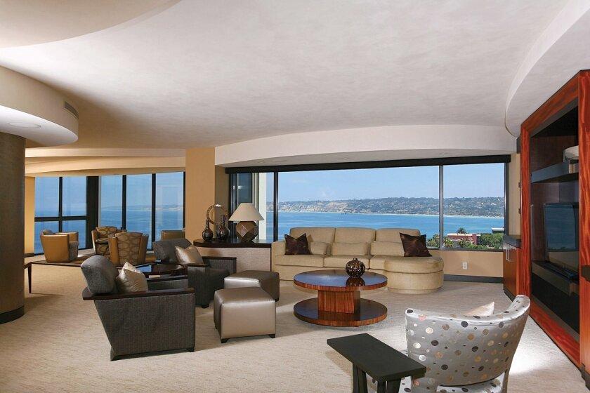 939-Coast-Blvd.-17A-Livingroom