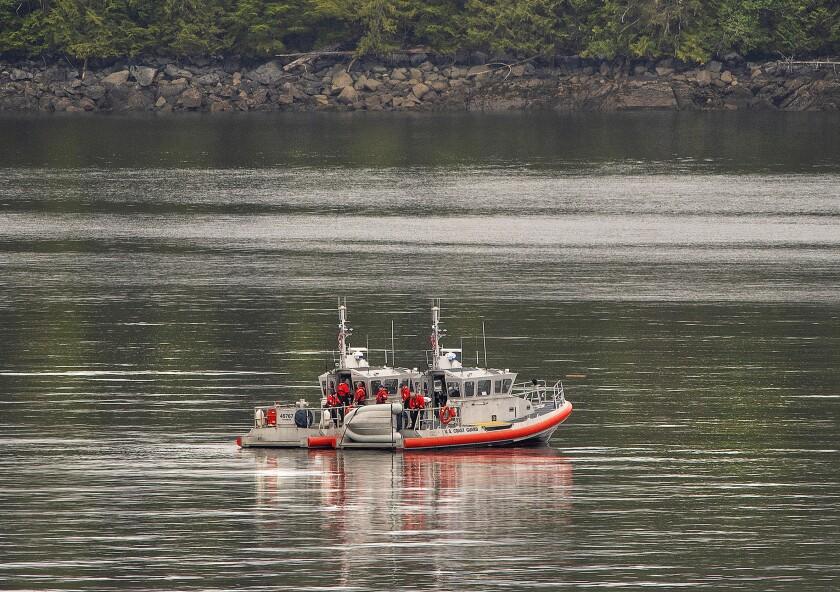 APphoto_Alaska Floatplanes Crash
