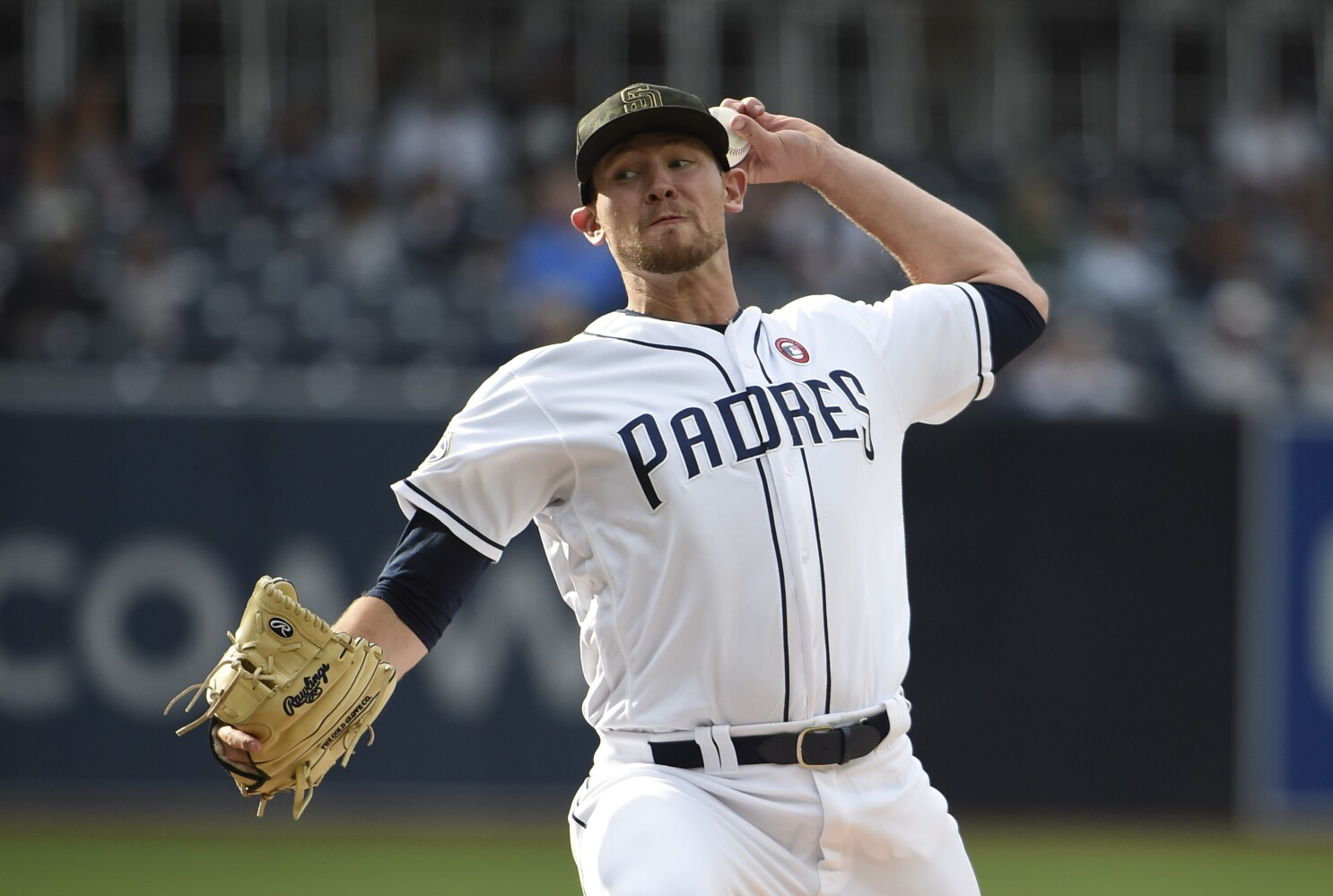 Padres DFA Nick Margevicius to make room for Craig Stammen