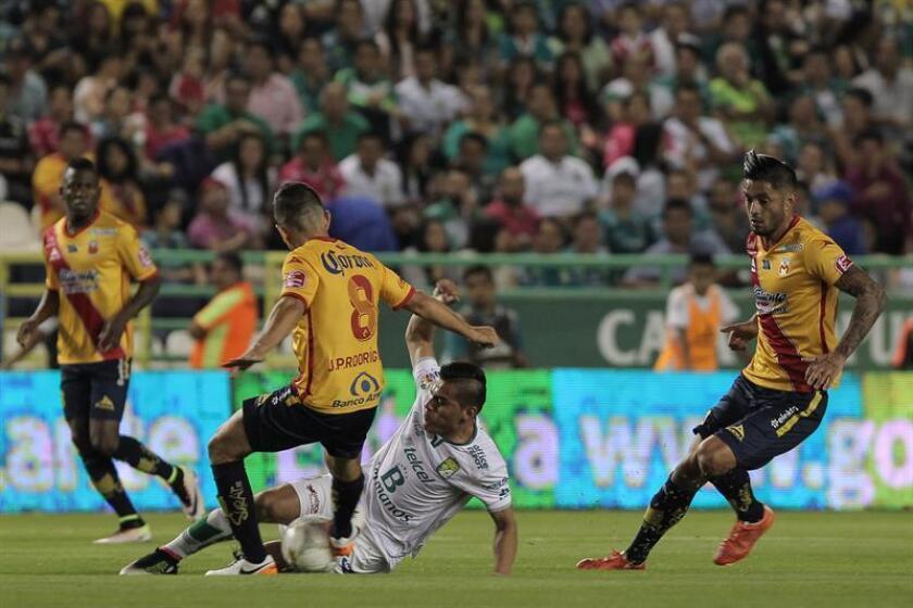 Morelia, Veracruz y Chiapas son, en ese orden, los tres equipos con más posibilidades de descender en mayo próximo a la división de ascenso del futbol mexicano.
