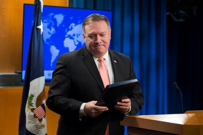 El secretario de Estado de EE.UU., Mike Pompeo, ofrece una rueda de prensa hoy, martes 23 de octubre de 2018, en el Departamento de Estado en Washington, DC (EE.UU.). EFE