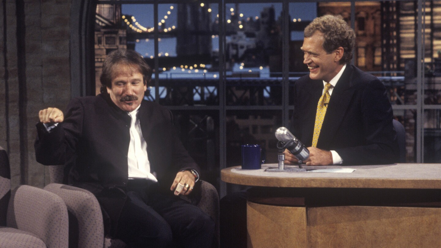 Robin Williams is Dave's second guest | 1993