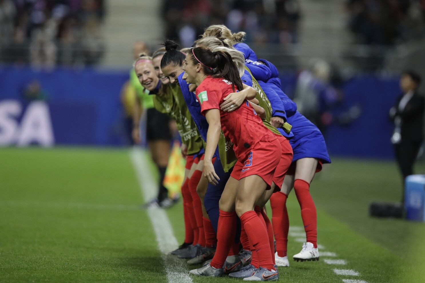 Column: For U.S. women's soccer team, problem is less the 13 goals than the 13 celebrations
