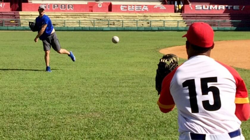 Clayton Kershaw long toss