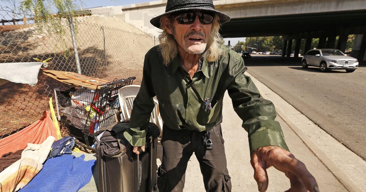 Obdachloser verklagt L. A. über Facebook-Seiten wird von der Polizei wegen Belästigung