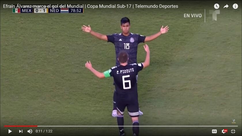 Efraín Álvarez marcó uno de los mejores goles del Mundial Sub-17 para México en la semifinal ante Holanda.