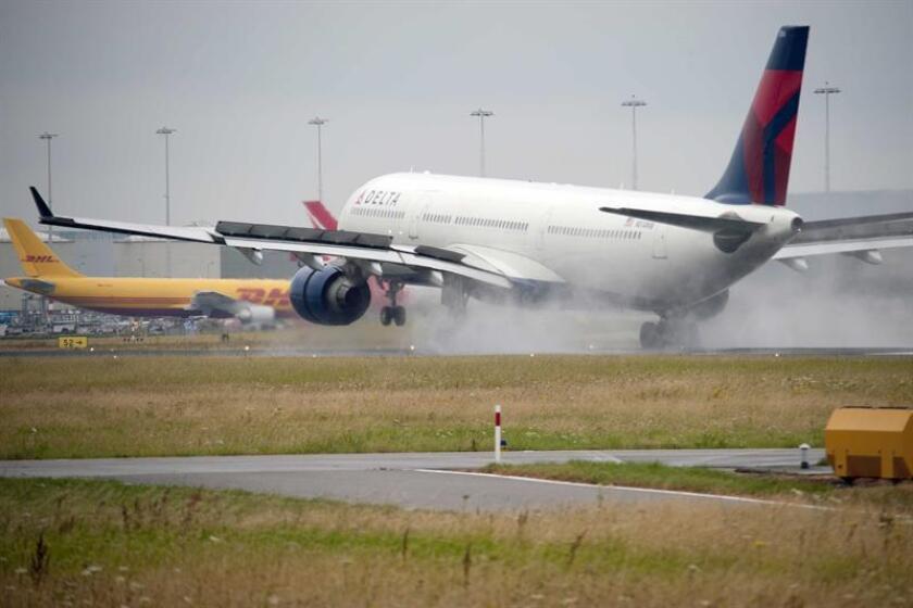 La compañía aérea estadounidense Delta Airlines ocupó hoy, por quinto año consecutivo, el primer puesto en la lista de las Aerolíneas Más Admiradas de Fortune Magazine. EFE/EPA/ARCHIVO