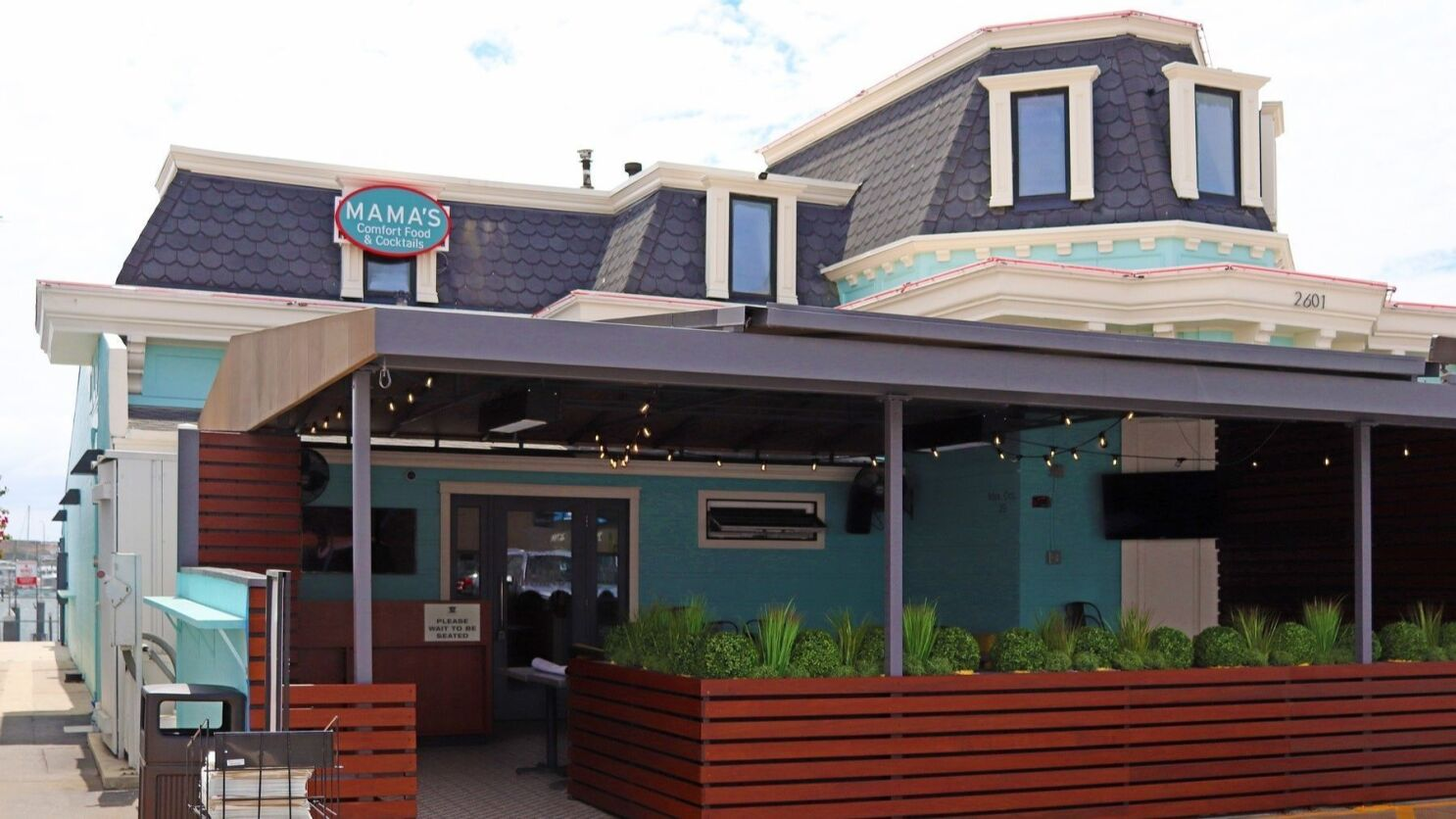 Biz News New Mama S Restaurant Opens In Newport Beach Los Angeles Times
