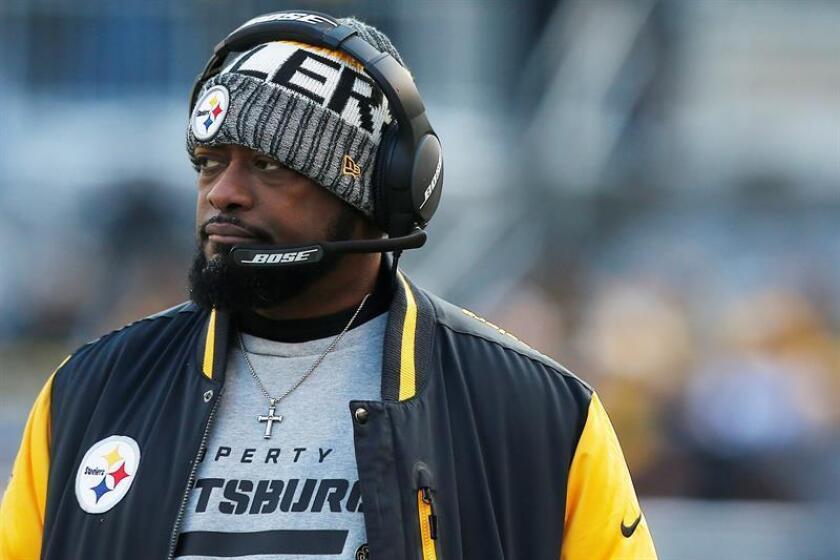 Mike Tomlin, entrenador en jefe de los Steelers de Pittsburgh. EFE/Archivo