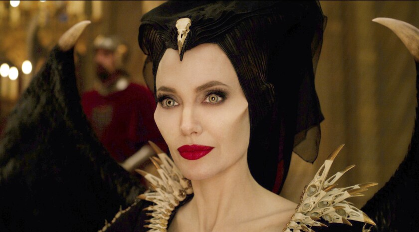 Review In Mistress Of Evil Maleficent Plays Mom The