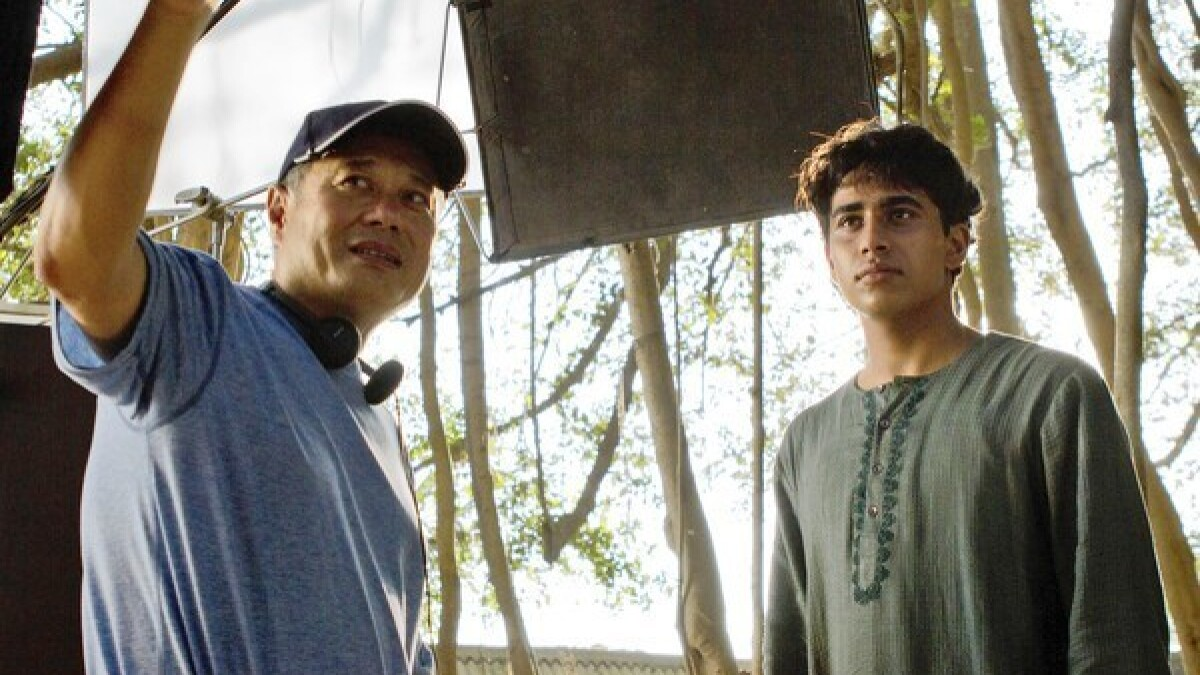 Ang Lee Takes Leap Of Faith Film Technology In Life Of Pi Los Angeles Times