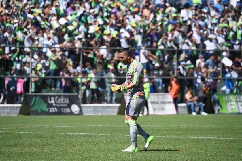 Adrian de Lemos from Antigua F.C celebrating a goal at the Pensativo stadium in Guatemala Dec 17, 2017. EPA-EFE/GABRIEL BALDIZÓN
