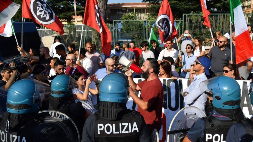 ITALY-POLITICS-MIGRATION-RIGHTS