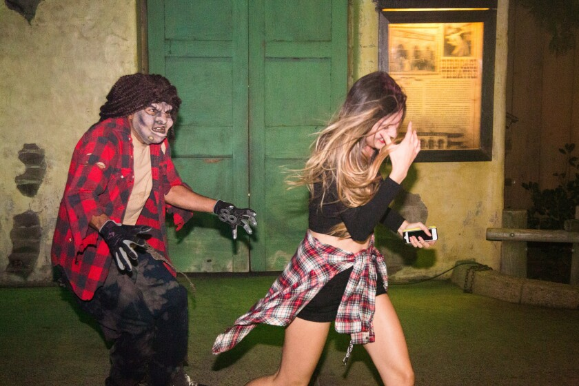 Knott S Scary Farm Guest Alleges Halloween Maze Actors Assaulted Her Los Angeles Times