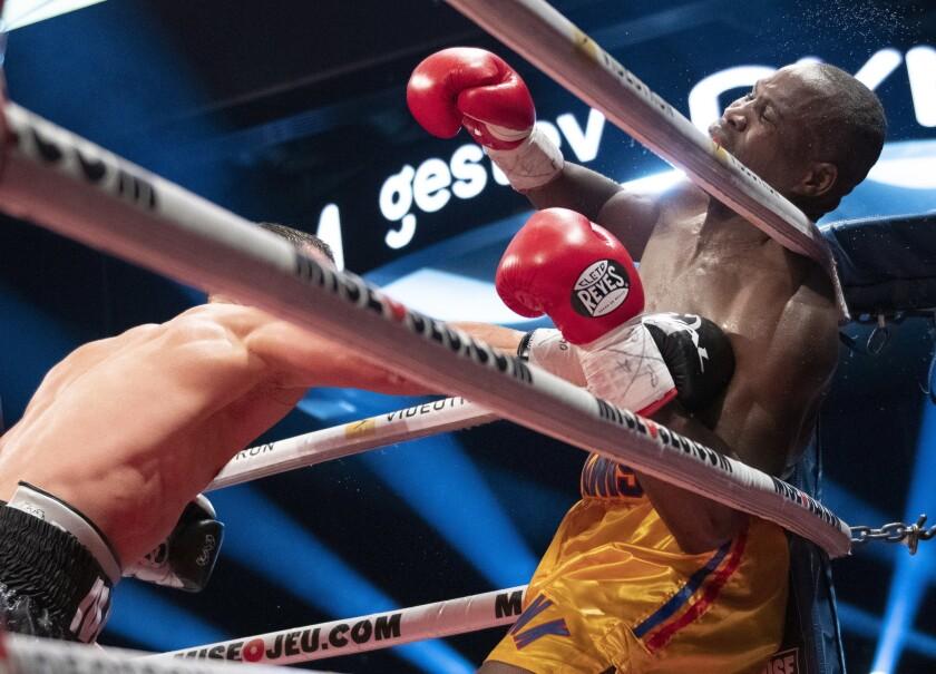 APphoto_Stevenson Gvozdyk Boxing