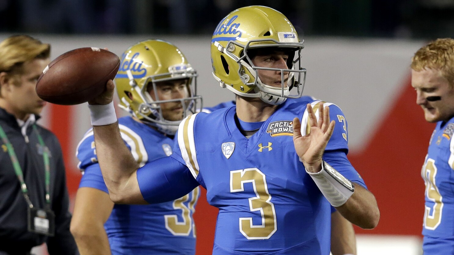 huge discount fc888 62f94 Josh Rosen does not play for UCLA in the Cactus Bowl against ...