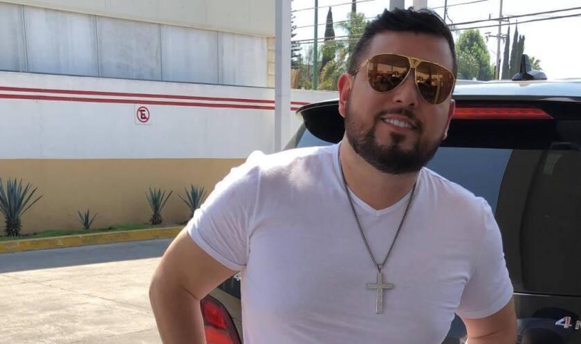 Roberto Tapia se reporta en buen estado de salud tras el intento de secuestro en Michoacan.