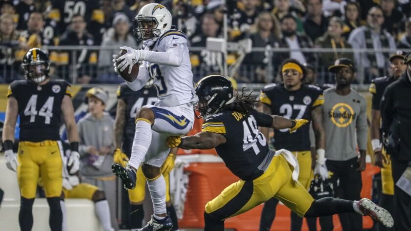 PITTSBURGH, PA, SUNDAY, DECEMBER 2, 2018 - Chargers receive Keenan Allen pulls down a first quarter