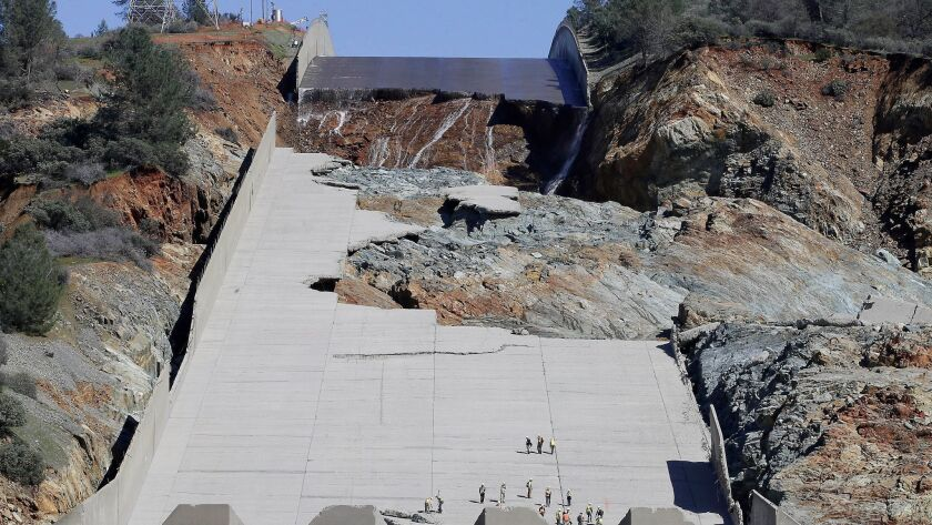 Clues to Oroville Dam spillway failure 'were all there in the files