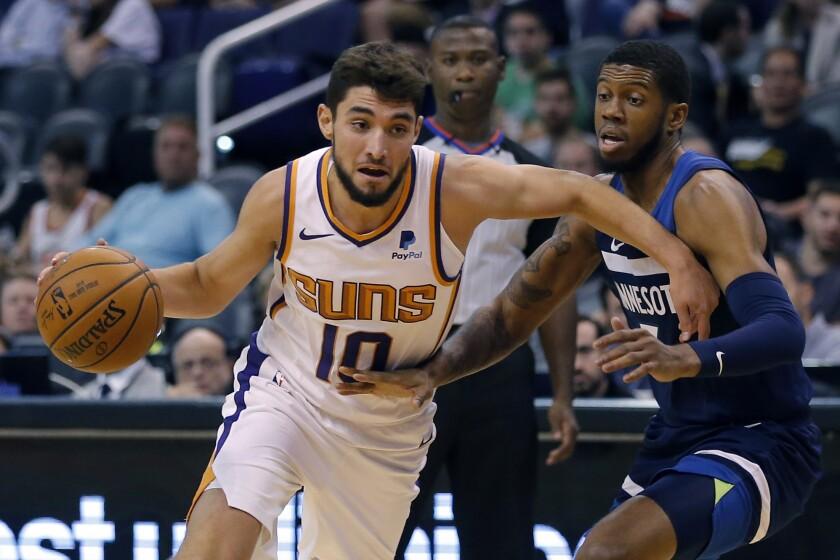 APphoto_Timberwolves Suns Basketball