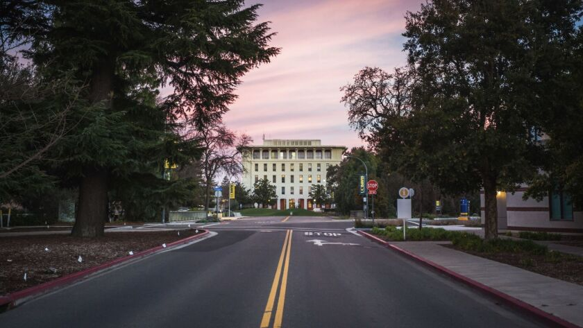 Mrak Hall, the administrative center of UC Davis.
