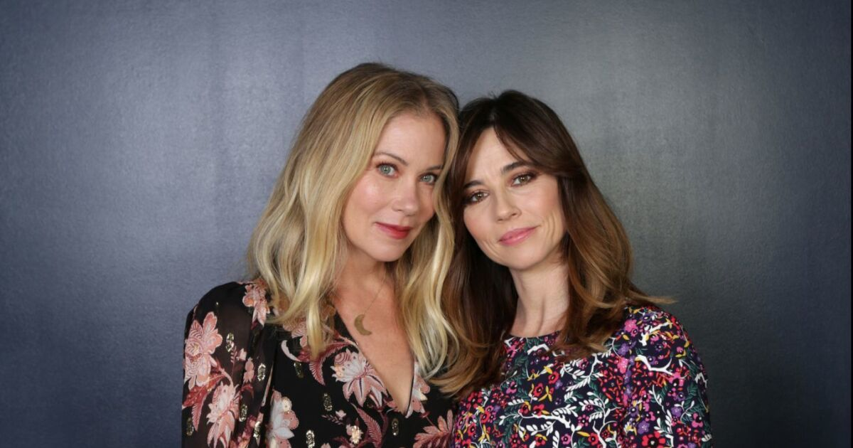 Christina Applegate and Linda Cardellini on their dark friendship in Netflix's 'Dead to Me' - The San Diego Union-Tribune