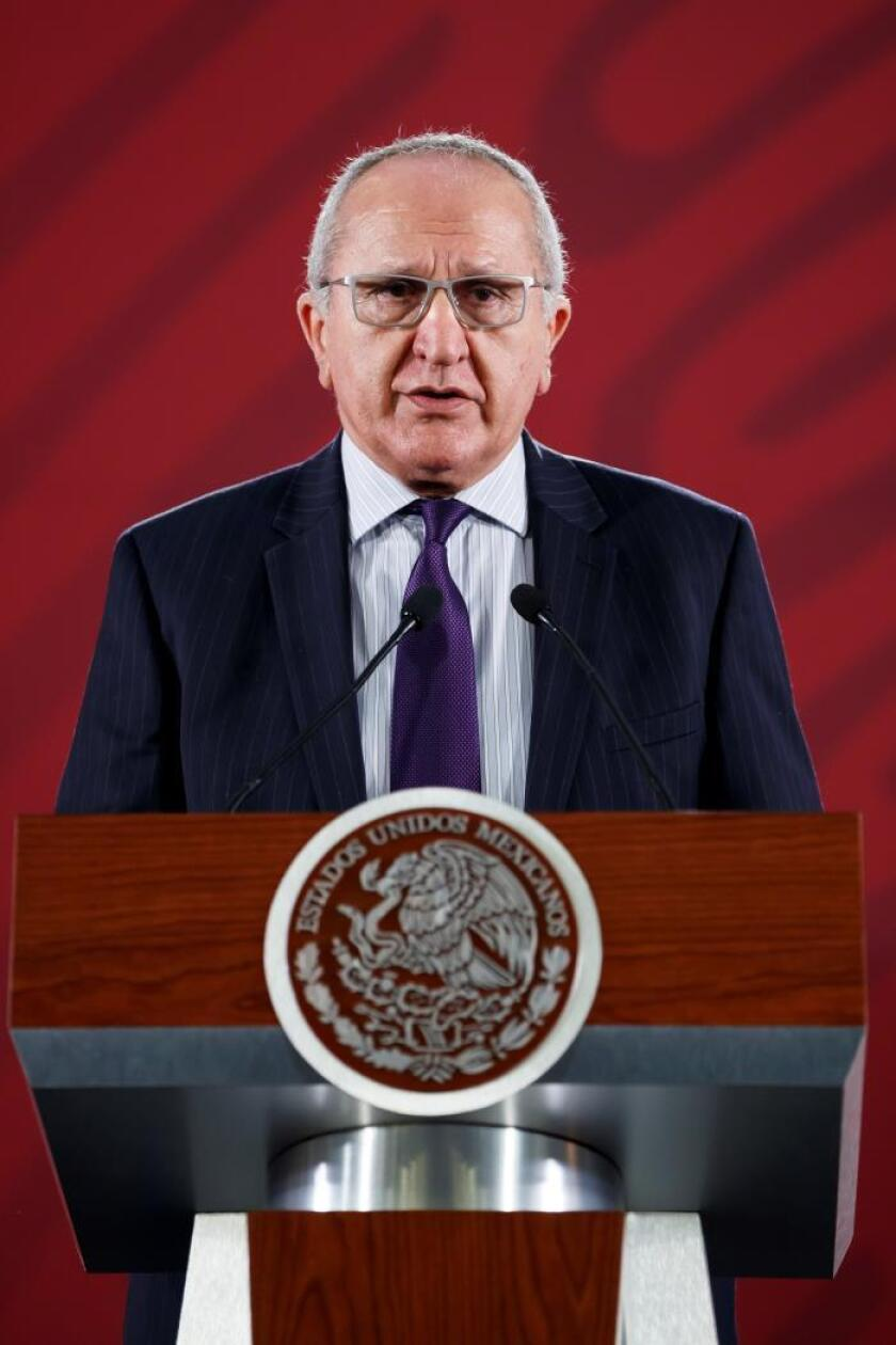 México insta a hispanos a levantar la voz en EE.UU. tras atentados en Texas
