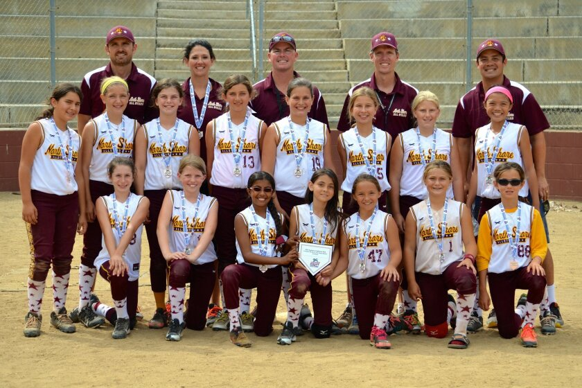10U Team: Back row, L-R, coaches: Mike Nelson, Karla Wilburn, Randy Rechs, Andy Sefkow, Chris Chan. Middle: Angelica, Jaelyn, Katie, Alyssa, Reagan, Alex, Ali, Kyra. Front: Carly, Claire, Suravi, Sophie, AK, Simone, Kate.