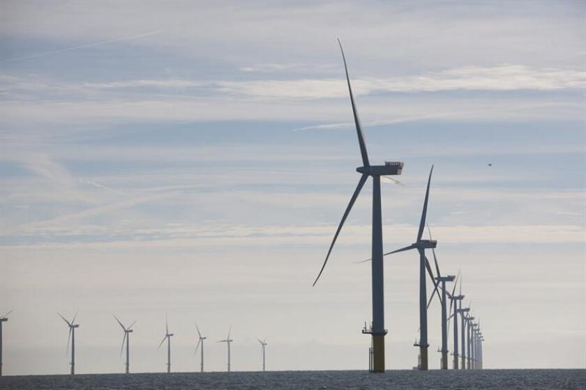 El estado de Nueva York anunció hoy la licitación de un parque eólico marítimo de 800 megavatios, como parte de un plan para producir 2.400 megavatios de energía eólica en el año 2030, informó hoy la Oficina del Gobernador en un comunicado. EFE/ARCHIVO/SÓLO USO EDITORIAL