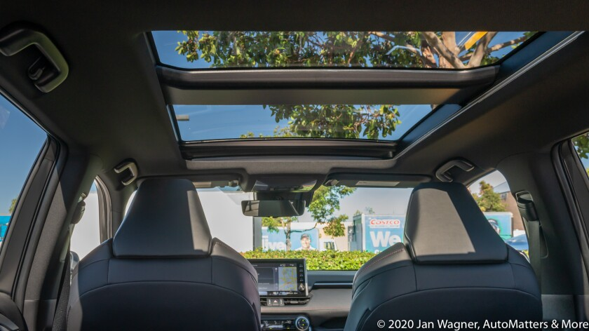 Available Panoramic moonroof