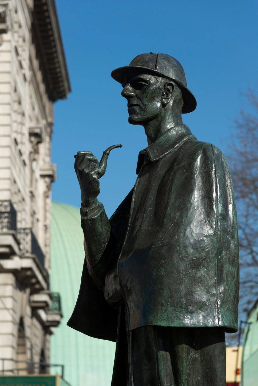 Sherlock Holmes statue outside Baker Street underground station, London, England, UK
