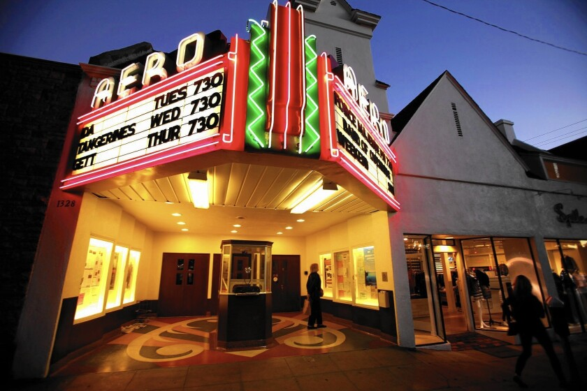 Classic Hollywood Santa Monica S Aero Theatre Regulars Believe In The Joy Of Movies Los Angeles Times
