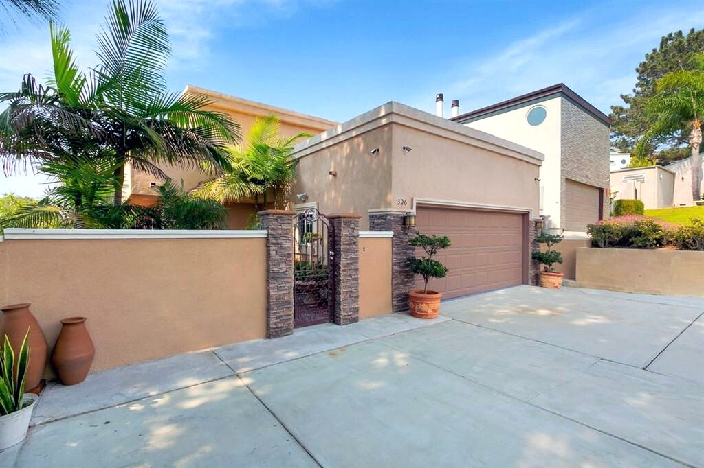 306 Del Mar Heights Rd, Front