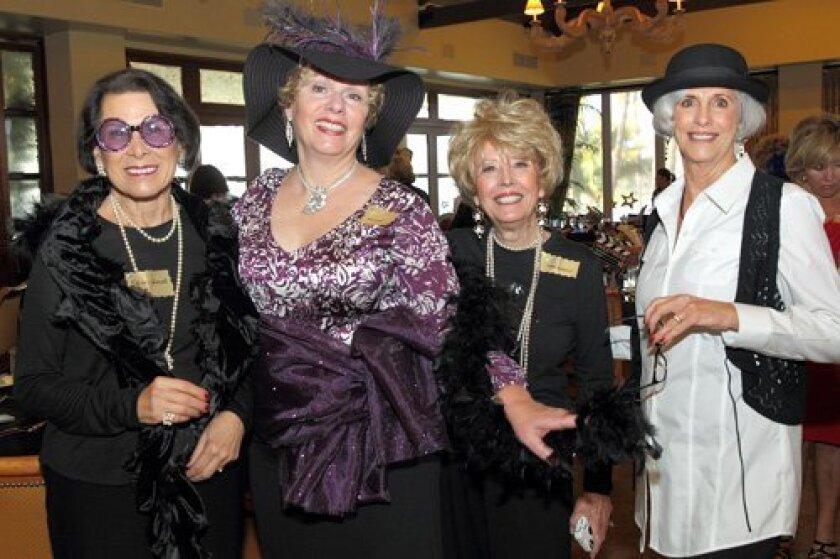 Lynn Douglas, Linda Smith, Marjorie Anderson, Sally Trovaten