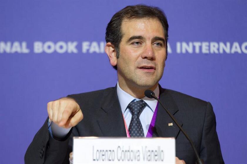 Fotografía que muestra al presidente del Instituto Nacional Electoral (INE), Lorenzo Córdova. EFE/Archivo