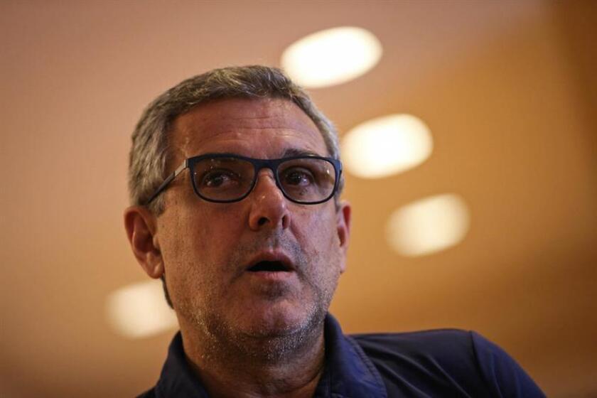 El entrenador de la selección femenina de voleibol, José Roberto Guimarães. EFE/FERNANDO BIZERRA JR/Archivo