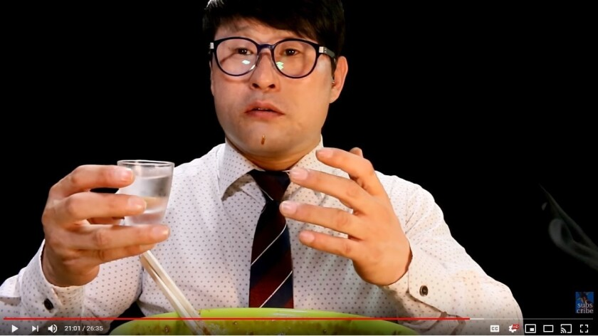 """Mun Jung-ho, a South Korean voice actor and a """"YouTube Dad"""" to more than 50,000 subscribers, talks to his subscribers"""