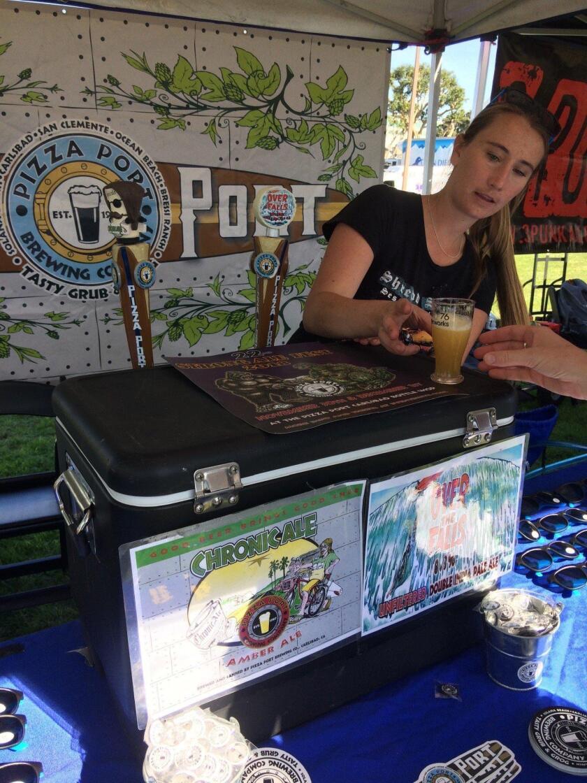 cm-cah-cm-plo-blondes-on-beers-beerweek3-02-20181128