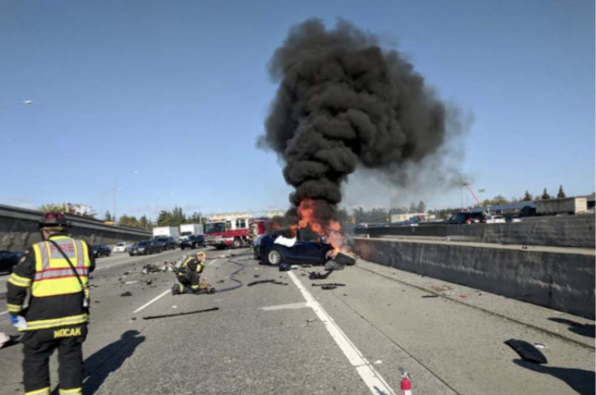 Smoking 2018 Tesla Model X in March 2019 fatal crash in Mountain View.