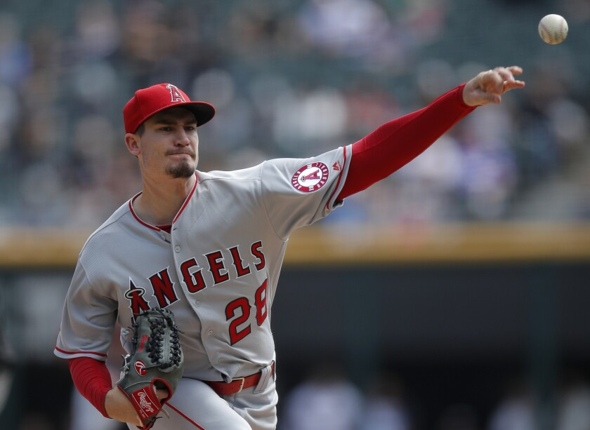 Los Angeles Angels' Andrew Heaney pitches against the Chicago White Sox during the first inning of a