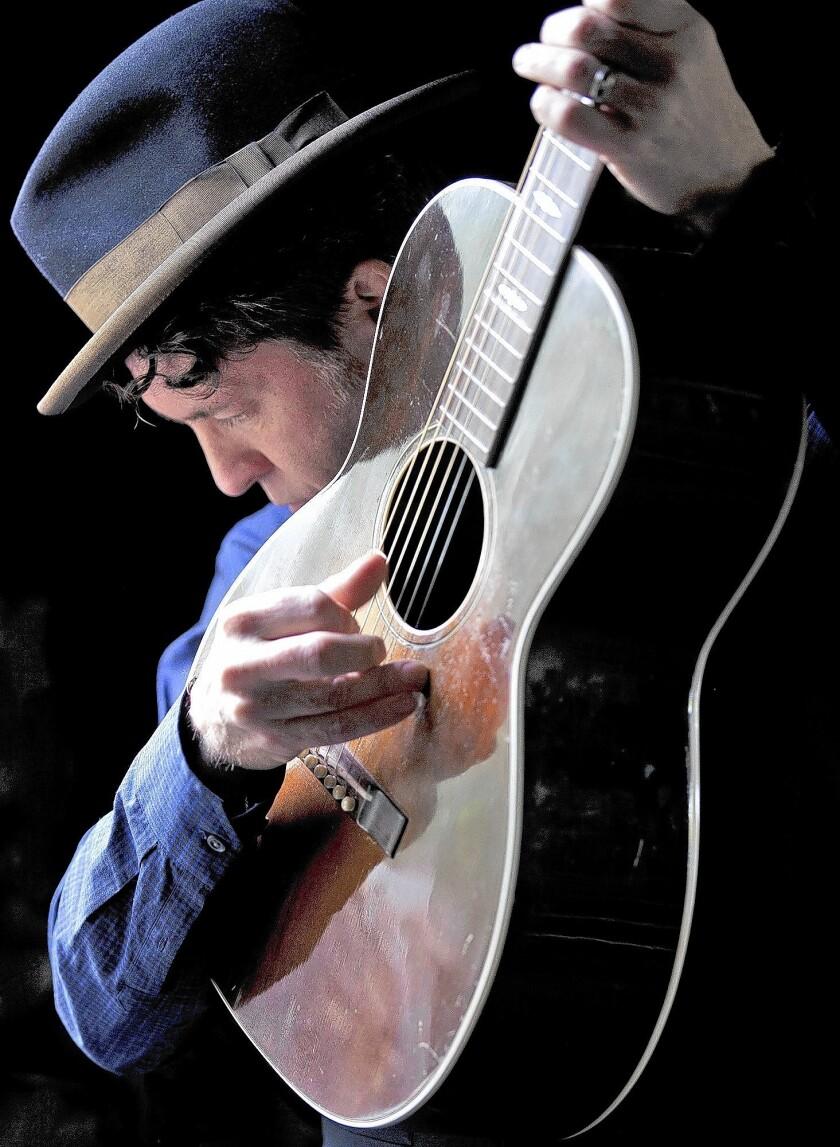 Singer-songwriter Joe Henry