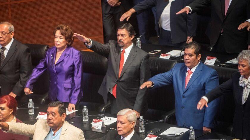 MEXICO-CONGRESS-INAUGURATION-GOMEZ URRUTIA