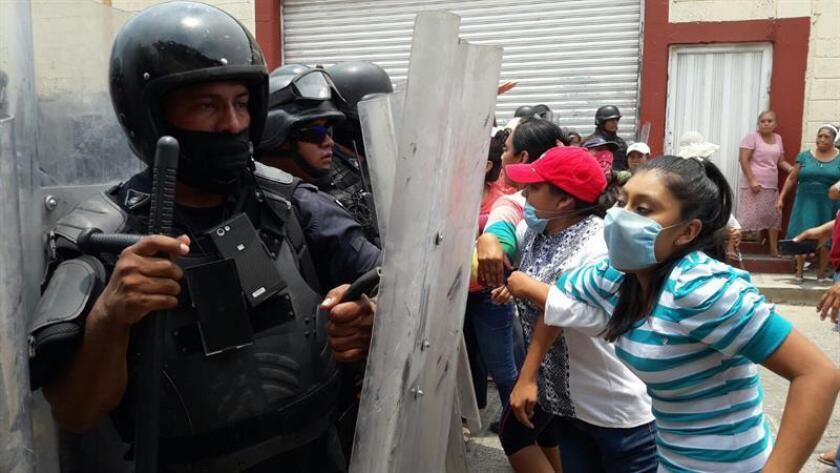 EEUU cita a México como caso positivo, pero insiste en los abusos del Estado
