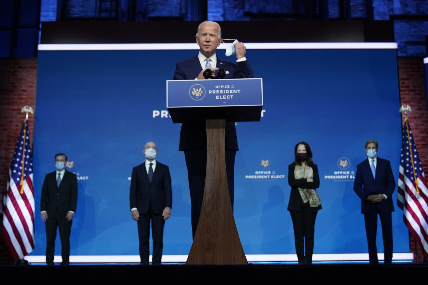Biden picks a Goldilocks Cabinet, neither too left or right thumbnail