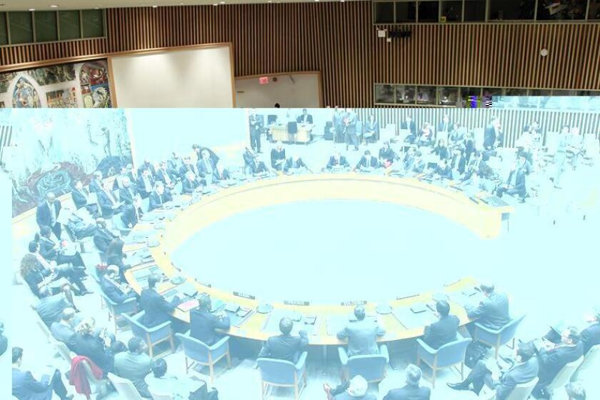 """El presidente electo, Donald Trump, criticó hoy abiertamente a la ONU y dijo que la organización es un """"club"""" de gente que se reúne para hablar y """"pasárselo bien"""". Vista del pleno durante una reunión del Consejo de Seguridad de la ONU en la sede del organismo en Nueva York (EEUU). EFE/ARCHIVO"""