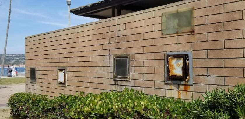 Welcome to the old, rusting toilet/shower facility at La Jolla Cove.